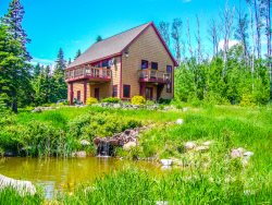 Leveaux Mtn Lodge a vacation rental by owner near Tofte Minnesota