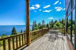 Or step out onto the lake-facing deck to really take it all in.