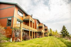 Aspenwood 6536 is a spacious vacation townhome rental in Tofte with stunning Lake Superior views from private decks.