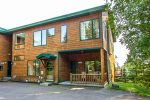Aspenwood 6550 is a 2 bed, 2.5 bath Lake Superior townhome near Tofte, MN.