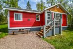 Northern Lights Cottage is a darling 1-bedroom, 1-bathroom cottage located near Grand Marais, MN.