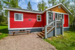 Northern Lights Cottage is a cozy cabin nestled near the quaint lakeside town of Grand Marais, MN.