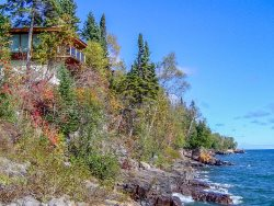 Baileys On The Lake is a beautiful Lutsen vacation rental home with 180 degree views of scenic Lake Superior.