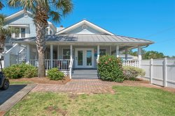 FALL/WINTER DATES AVAILABLE Come to Destin FL.  5 bedroom, 3 bath home, with large yard, pet friendly, Private Pool, separate in-law quarters. Close to Beach, Optional Golf Cart, Sleeps a maximum of 14.