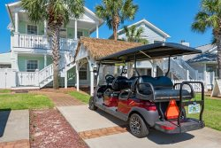BOOK NOW Fall/Winter dates available  in Beautiful Destin, Great 2 story, 4 bedroom 3 bath home, Private Pool, Pets, close to beach, Optional Golf Cart, Sleeps maximum of 12