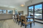 Mountain Elegant - Stunning Contemporary Ski-In/Ski-Out Unit, Views Galore!