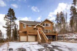 Bear Mountain Chalet - The Perfect Breckenridge Home to Hibernate