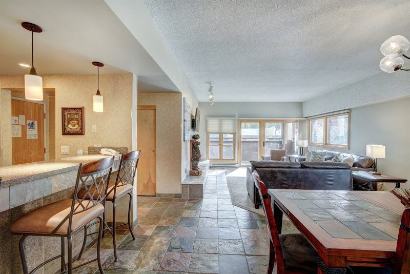 Strange Breckenridge Condo Rentals Large 3 Bedroom Condo Suite Gmtry Best Dining Table And Chair Ideas Images Gmtryco