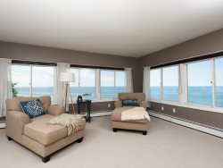Great Lakes Escape - Panoramic views of Lake Michigan from the lakeview deck.