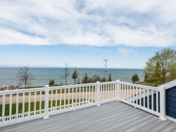 Blueberry Bluff. Brand New Lakefront Stunning Home. Lake Michigan Beach with Tram