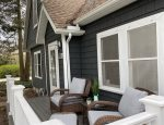 Dandy Cottage front seating area