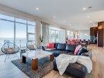 Golden Sunset. Panoramic Lake Michigan Views, Private Hot Tub, Fireplaces, Rooftop Deck.
