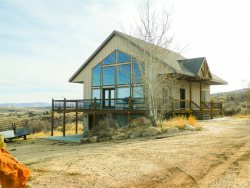 Blue Grass Cabin in Sweetwater-New Listing!