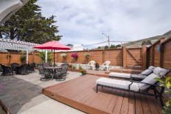 Pet Friendly Cozy Cayucos Beach Home, Lovely Backyard Space