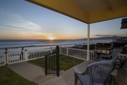 Charming Cayucos Oceanfront Home