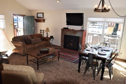 Whispering Pines - ON THE RIVER! Very Nice Decor and Furnishings, Spacious  Sleeping Loft, Upper Valley, Great Views, Satellite, Wi-Fi, Great Outdoor Deck!