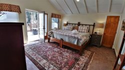 The Winding River Suite - Private Balcony, Pet Friendly, King bed, On the River, In Town, Free Wi-Fi