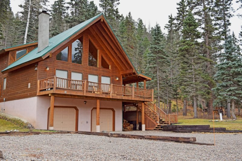 Red River Real Estate And Vacation Rentals Bear Mountain Cabin Red River New Mexico