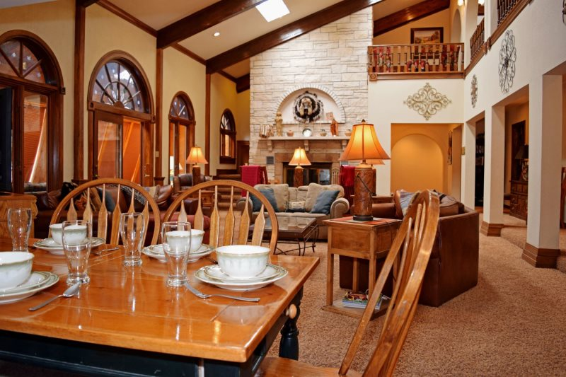 Red River Real Estate and Vacation Rentals - The Villa, Red River ...