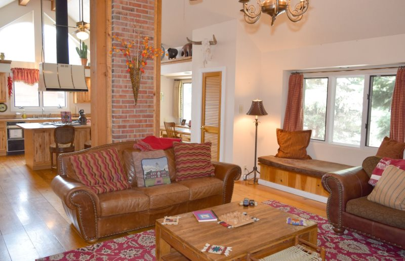 Red River Real Estate And Vacation Rentals   Thorne`s Downtown Delight, Red  River, New Mexico.