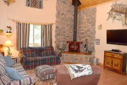 Casa De Cerezas - Upper Valley - Semi Secluded -  WiFi - Satellite - Washer/Dryer -  Wrap Around Deck - Fire Pit - Wood Burning Stove