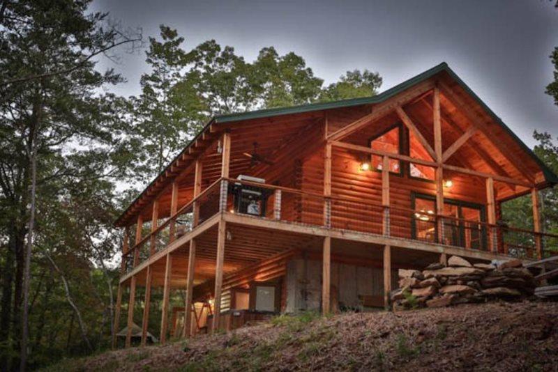 Blue Sky Cabin Rentals: Mountain Whisper