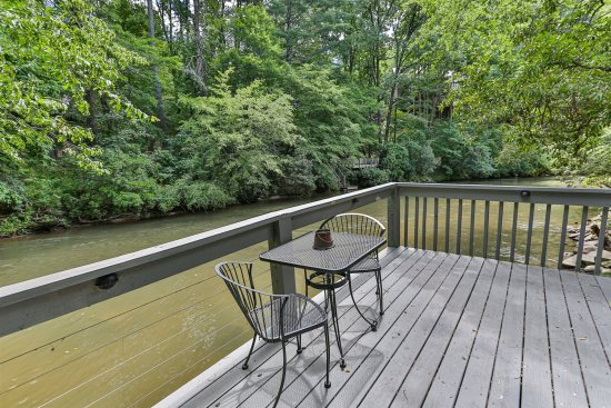 Ellijay GA Cabin Rentals & Vacations - Blue Sky Cabin Rentals