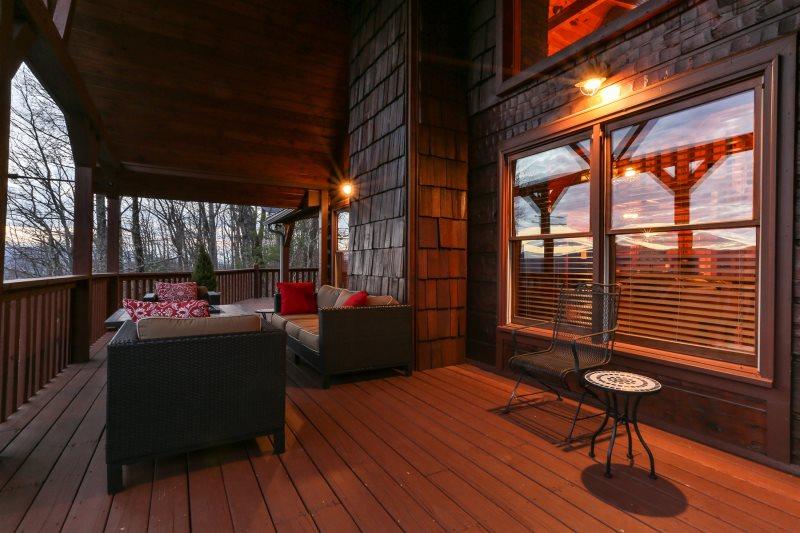 Blue Sky Cabin Rentals: A Mountain Top Dream spectacular views