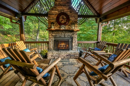 North Georgia Mountain View Cabins - Blue Sky Cabin Rentals