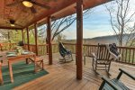 Spacious deck for gathering with the family