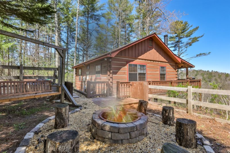 Blue Sky Cabin Rentals Bear View Cove With Fire Pit
