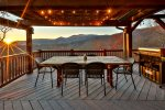 Outdoor dinning with amazing Views