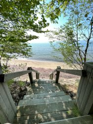 Gebhard Glen - 47350 Blue Star Highway - Private beach!