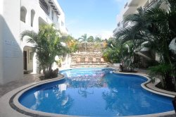 Pool view 2 Bed 2 Bath - downtown Playa Del Carmen