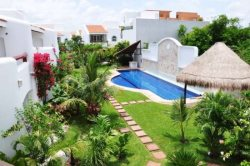 Private Townhouse - Bright and Airy - Pool! Special - 20% off from October to November 30th!