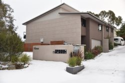 Khione 2 - Jindabyne Accommodation - Holiday Townhouse