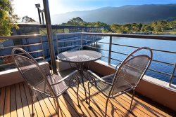 Crackenback Lakeside Unit- Crackenback Resort Accommodation - Holiday Apartment