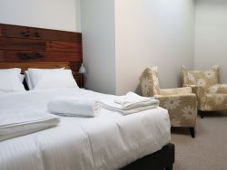 Mountain Square 3 Rear  Unit - Jindabyne Accommodation - Holiday Apartment