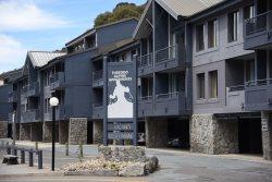Thredbo Alpine Apartments -  3 Bedroom Apartment Accommodation - Thredbo Village Centre