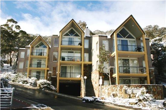 Snowman 7 Thredbo Accommodation Snow Escape Holidays Ray White