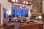 True ski-in/ski-out 8 bedroom estate in Mountain Village