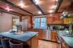 412 West Pacific kitchen