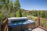 Private hot tub with exceptional mountain views