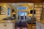Columbine E - 1 Bedroom Plus Loft - 1 Bathroom - Sleeps 4 - Great Views from Living area
