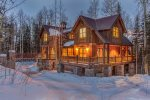 103 Palmyra - 4 Bedrooms - 4.5 Bathrooms - Sleeps 10 - Located in the Mountain Village - Easy access to Bridges Ski Run
