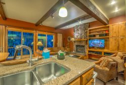 True Ski In/Out Townhome , Sleeps 12