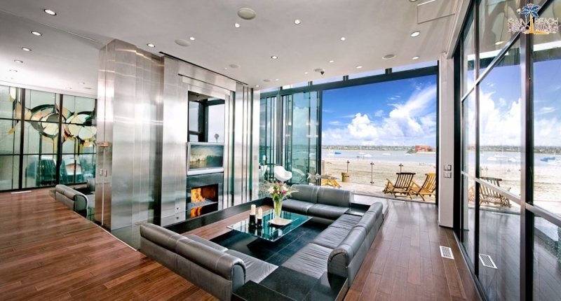 Luxury Mission Beach Vacation House Rental Sleek Retreat