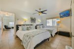 Great patio on the boardwalk with natural gas BBQ Mission Beach, San Diego Vacation House Rental