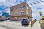 Unit 1 & 2 reserved parking, Mission Beach, San Diego, Beach House Rental