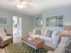 Relax at this beautiful island home, you're on Tybee Tyme!